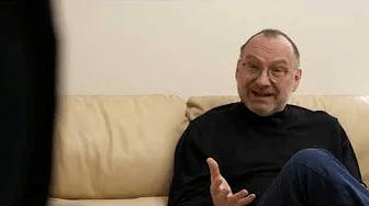 Ar Ministru padomes priekšsēdētāja padomnieku 1991. gadā EDVĪNU INKĒNU sarunājas PĒTERIS APINIS